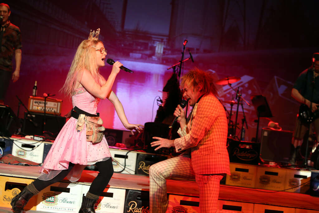 HŠuptling Abendwind und Die Kassierer: Eine Punk-Operette