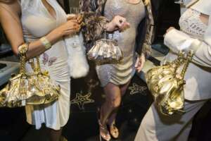 LaurenGreenfield_Jackie41_and_friends_Versace_storeBeverlyHills2007
