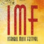 Das Istanbul Music Festival feiert in Hamburg Premiere. Drei Tage lang präsentiert das Festival Künstler*innen, die in ihren Arbeiten den kulturellen Austausch zwischen Deutschland und der Türkei verhandeln.